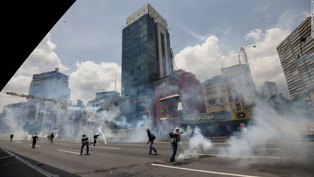 3 killed during anti-government protests in Venezuela
