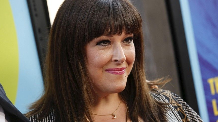 Carnie Wilson to undergo surgery after breast implants ruptured