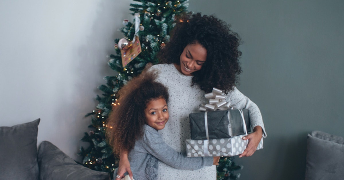 6 Last-Minute Gift Ideas For Mom If You Have Absolutely No Clue What To Get Her