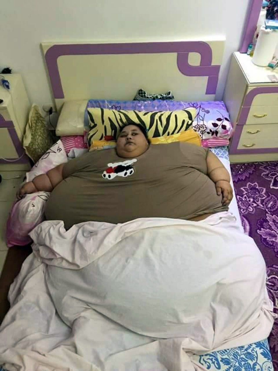 1,000-Pound Woman Trying To Get Help For Weight Problem