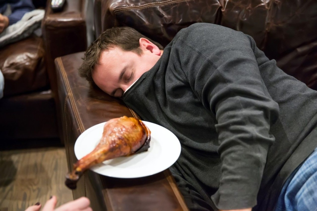 This may be why you fall into a food coma, according to science