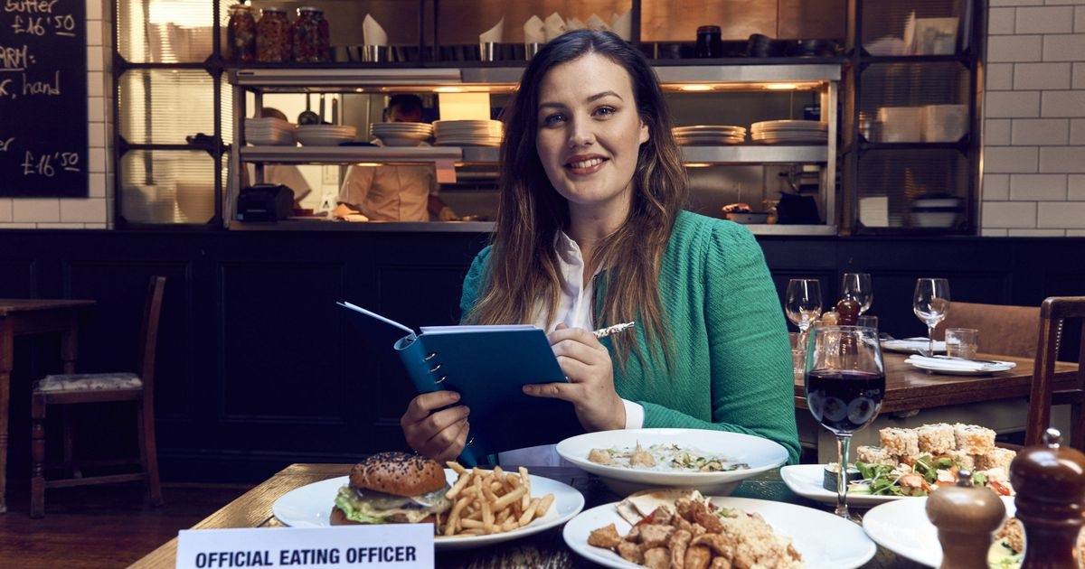 Job goals: woman gets paid to dine out in restaurants