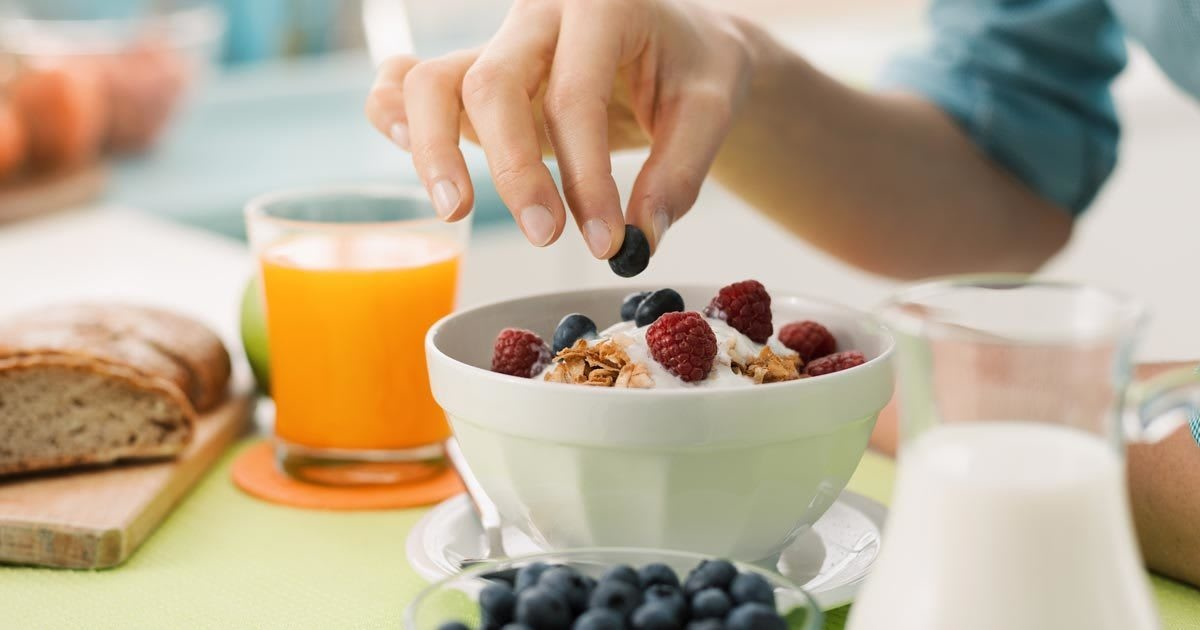Skipping Breakfast Doesn't Make You Fat (Probably)