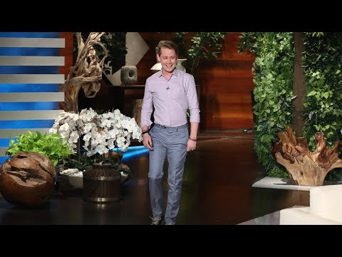 Macaulay Culkin Talks Home Alone, The '9 0s,& What Life Is Like For Macaulay Culkin Now On Ellen!