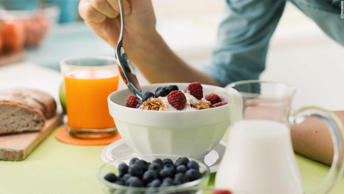 Skipping breakfast tied to higher risk of heart-related death, study detects
