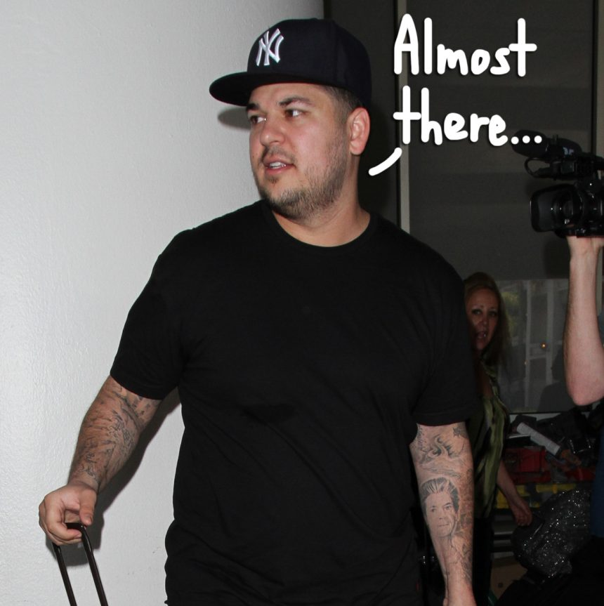 Rob Kardashian 'Wants To Be More Out & About' After Slimming Down & Improving His Mental Health! - Perez Hilton